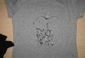 ए 2 टी शर्ट प्रिंटर WER-D4880T द्वारा ग्रे टी शर्ट प्रिंटिंग नमूना