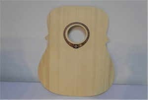 ए 2 आकार यूवी प्रिंटर WER-DD4290UV से लकड़ी गिटार नमूना